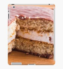 Biscuit with chocolate and a layer of milk souffle iPad Case/Skin
