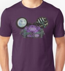 Haunted mansion ear hat ornament  Unisex T-Shirt