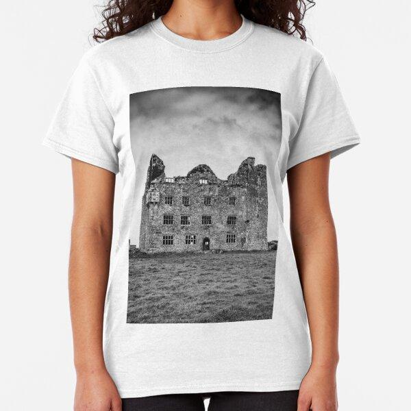 Leamaneh Castle Classic T-Shirt