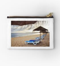 Relax in the beach Studio Pouch