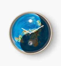 Flat Erde Yin und Yang Uhr
