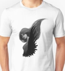 her raven wings T-Shirt
