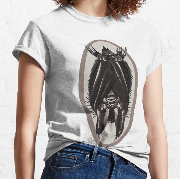 hanging bat, old school tattoo bat Classic T-Shirt
