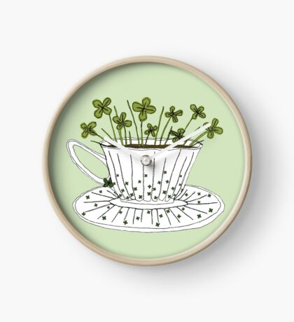 Lucky Cup of Clovers Horloge