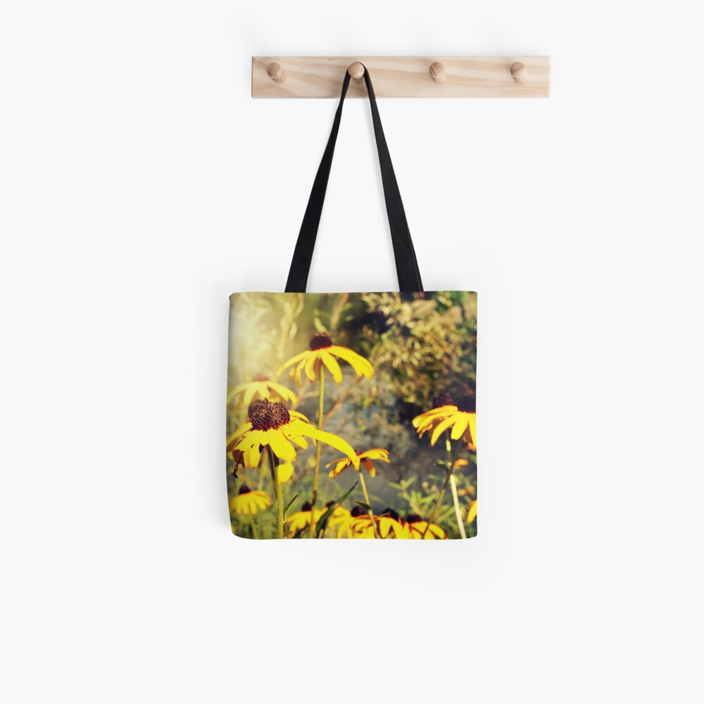 Sun-Drenched Flowers In Central Park  Tote Bag