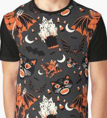 Vintage Halloween Pattern Graphic T-Shirt
