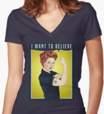 Scully the riveter Women's Fitted V-Neck T-Shirt