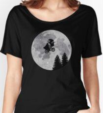 Xenomorph ET Moon Ride Women's Relaxed Fit T-Shirt