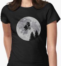 Xenomorph ET Moon Ride Women's Fitted T-Shirt