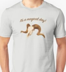 It's a magical day! Unisex T-Shirt