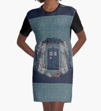the Doctor crest ART NOUVEAU Graphic T-Shirt Dress