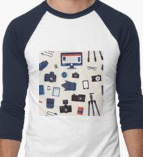 Photographer Set Seamless Pattern - Cameras, Lenses and Photo Equipment T-Shirt