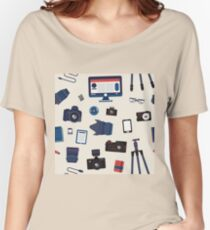 Photographer Set Seamless Pattern - Cameras, Lenses and Photo Equipment Women's Relaxed Fit T-Shirt
