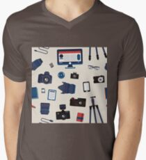 Photographer Set Seamless Pattern - Cameras, Lenses and Photo Equipment Mens V-Neck T-Shirt