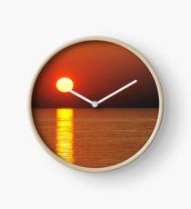 Glühende Sonne Uhr