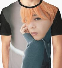 Falling in Love Gdragon Graphic T-Shirt