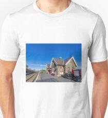 Horton in Ribblesdale Station Unisex T-Shirt
