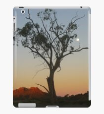 Outback Moonrise iPad Case/Skin