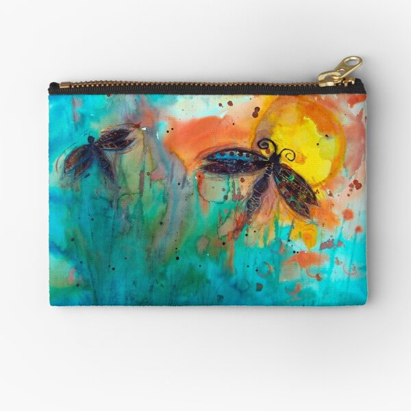 Attracted Zipper Pouch