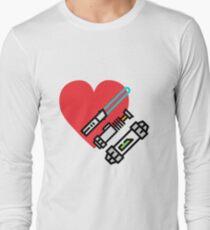 Love lightsaber Long Sleeve T-Shirt