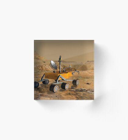 Mars Science Laboratory reist in der Nähe einer Schlucht auf dem Mars. Acrylblock