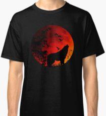 Wolf Howl Classic T-Shirt