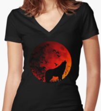 Wolf Howl Women's Fitted V-Neck T-Shirt