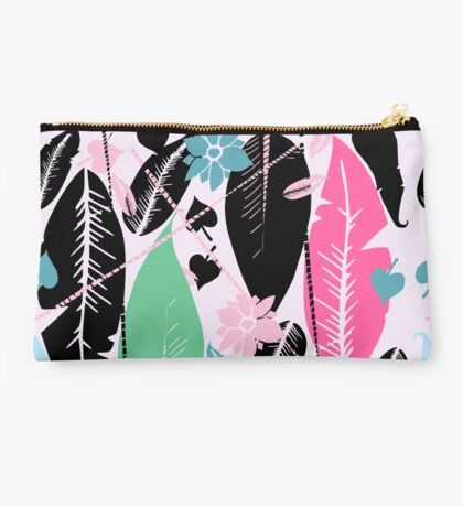 feather  Studio Pouch