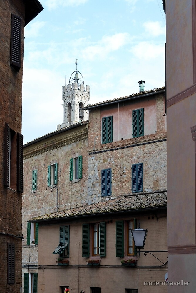Walls, towers and shutters - Siena by moderntraveller