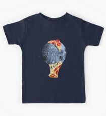 When the moon hits your eye... Kids Tee