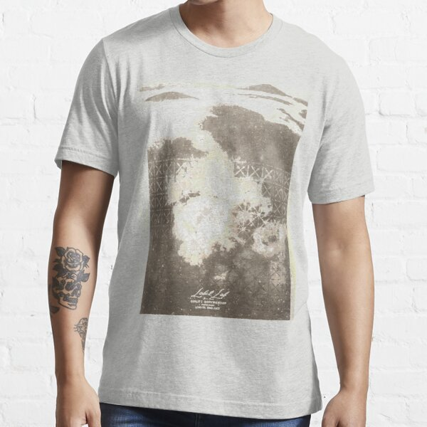 12th Doctor Misty Mountain T-Shirt Essential T-Shirt