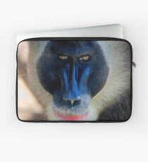 monkey looking right Laptop Sleeve