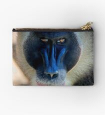monkey looking right Studio Pouch