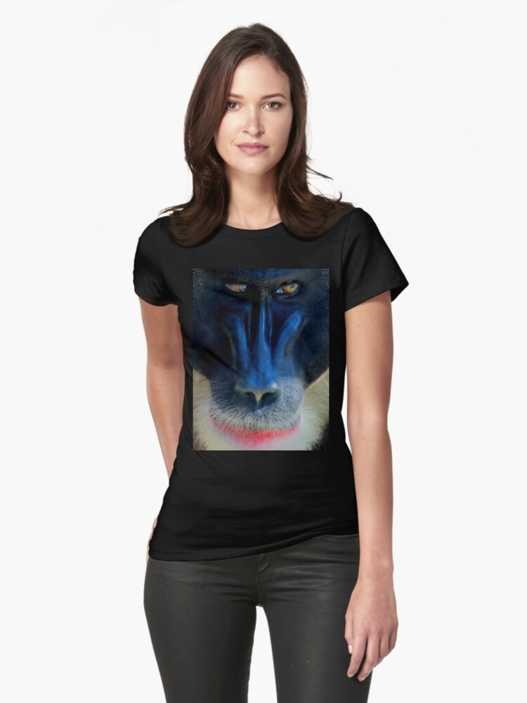 monkey looking right Womens T-Shirt Front