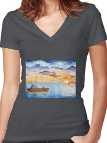 Chinchilla on a lac Women's Fitted V-Neck T-Shirt