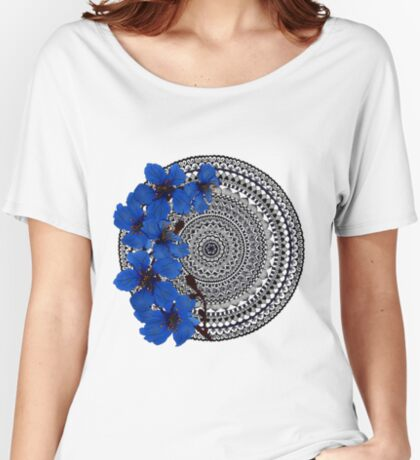 blue magnolia mandala Relaxed Fit T-Shirt