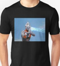 Ultraman ! Here he comes from the sky.... T-Shirt