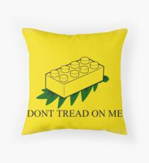 Don't tread on me Throw Pillow