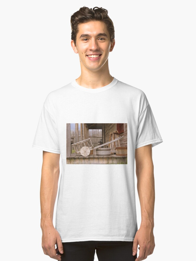 Old Wooden Cart Classic T-Shirt Front