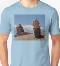 Sculptures By The Sea,Australia 2016 - Broken Ship T-Shirt