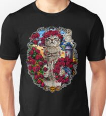 GRATEFUL CATS AND ROSES Unisex T-Shirt