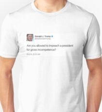 Commander in Tweet  T-Shirt