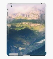 Somewhere in Middle-earth iPad Case/Skin