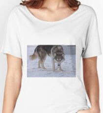 Snow Huskey Wolf Dog Howoooo Women's Relaxed Fit T-Shirt