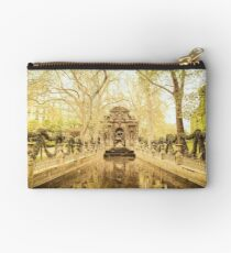 Paris - Fountain - Garden of Luxembourg Studio Pouch