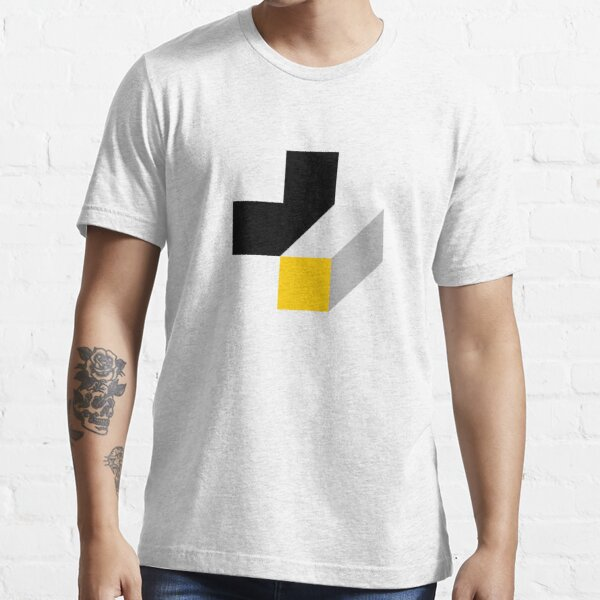 +/- proun Essential T-Shirt