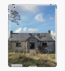 Cottage ruins iPad Case/Skin