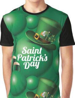 Saint Patrick's Day seamless green balloon, leprechaun hat and green beer pattern Graphic T-Shirt
