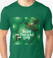 Saint Patrick's Day seamless green balloon, leprechaun hat and green beer pattern T-Shirt