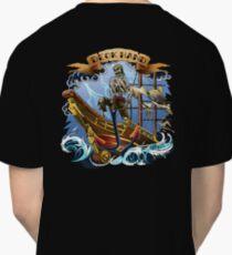 Deck Hand ~ Old School Tattoo Style ~ T Shirt Classic T-Shirt